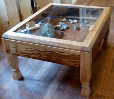 Oak display table