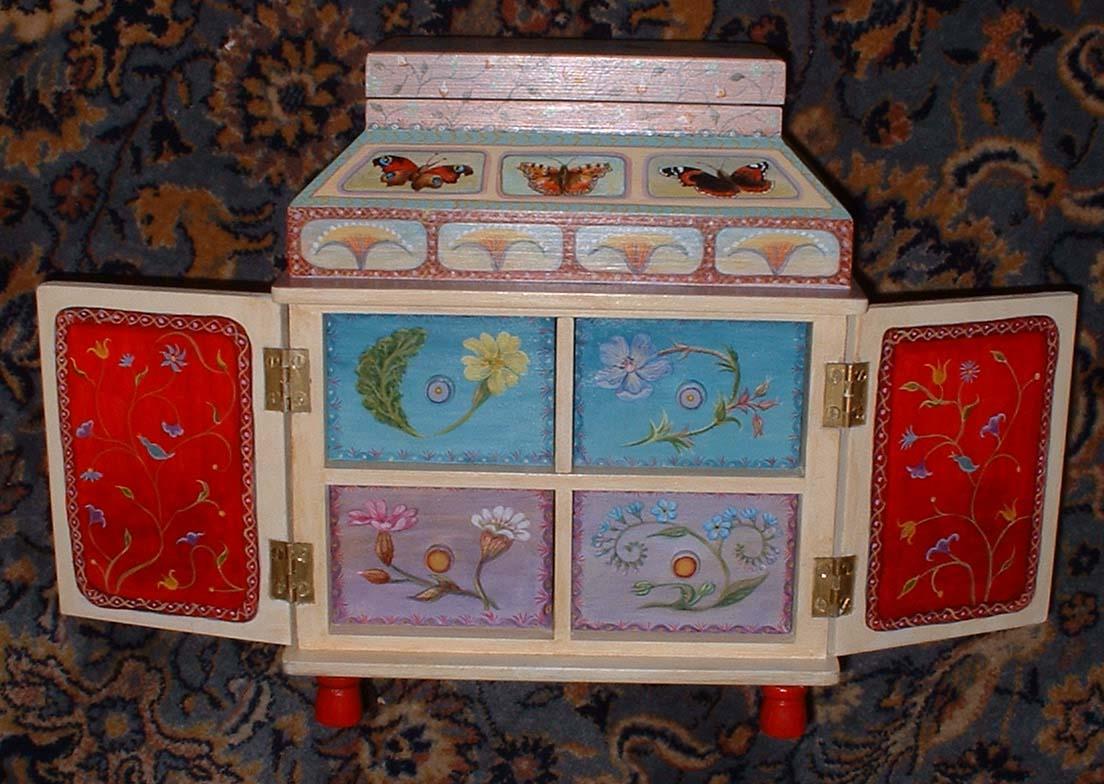 Robins casket, doors open