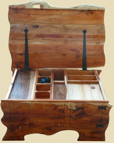 Tarn yew chest, 2